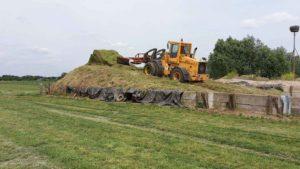 rijkswaterstaat gras tractor