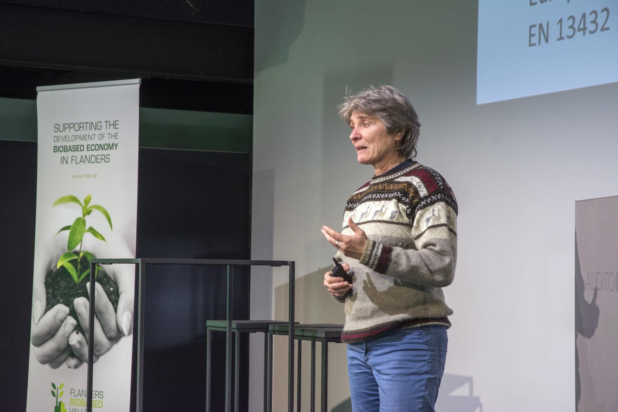 Karine van Doorselaer (Universiteit van Antwerpen)